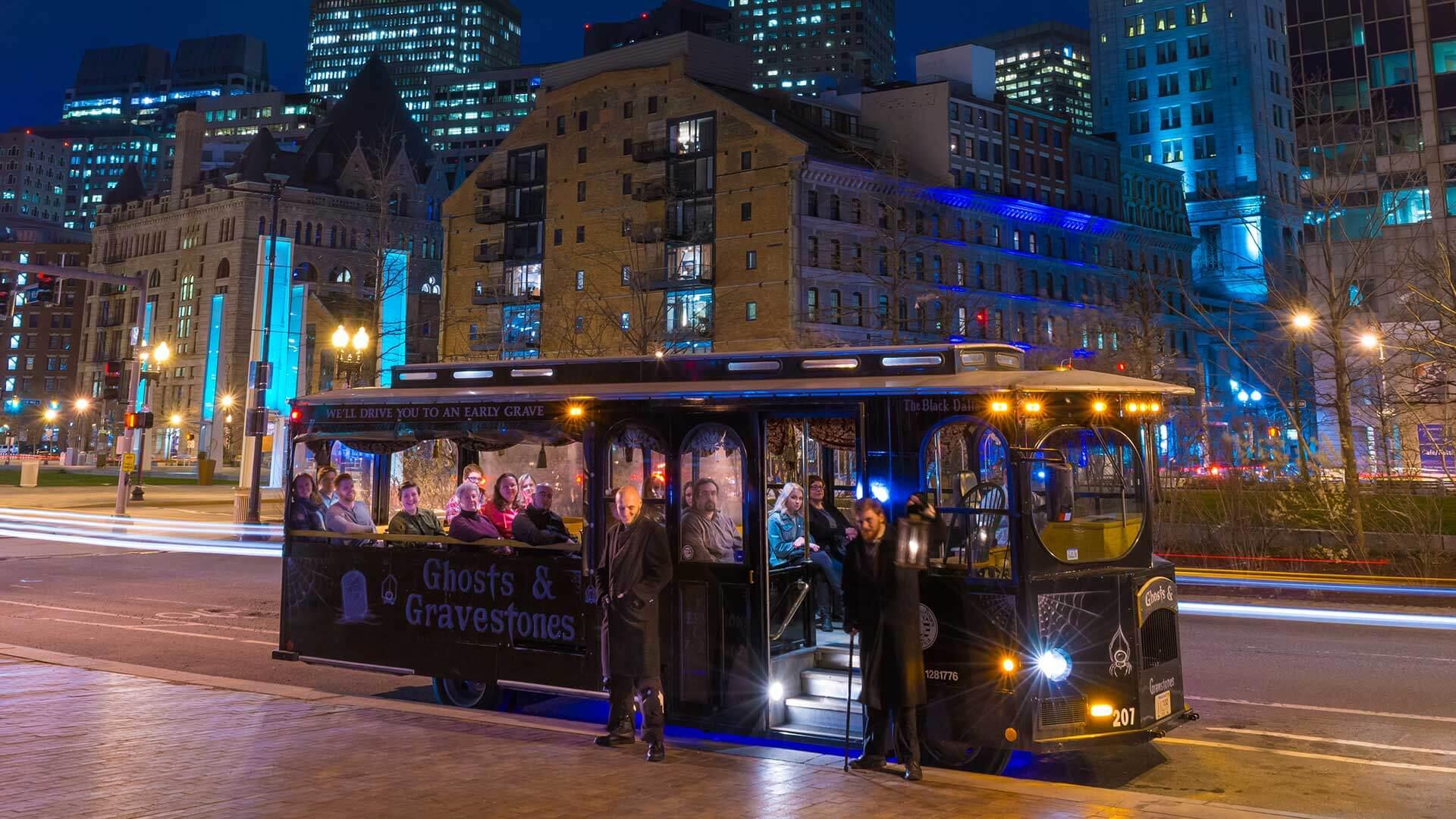 boston ghost tour trolley