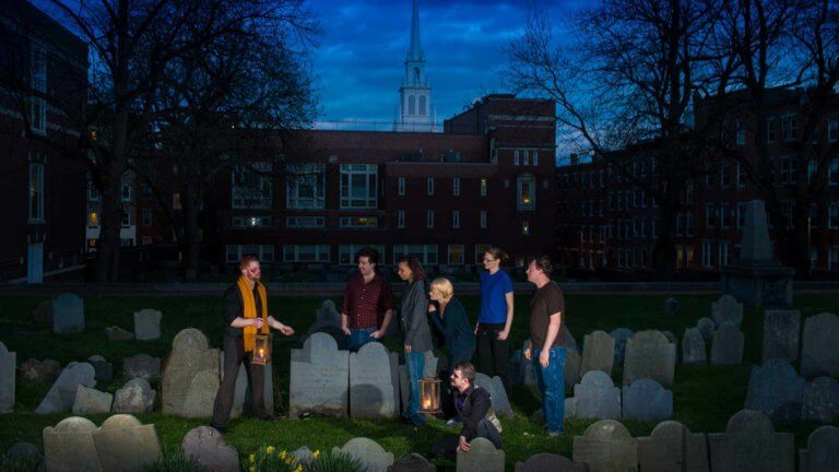boston haunted tou copps hill burying ground