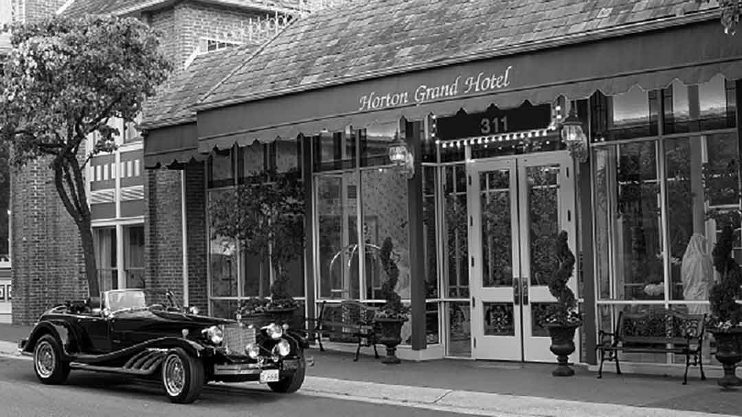 san diego grand horton hotel black and white
