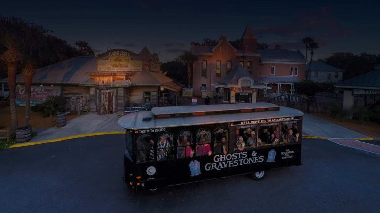 st augustine ghost tour trolley at old jail