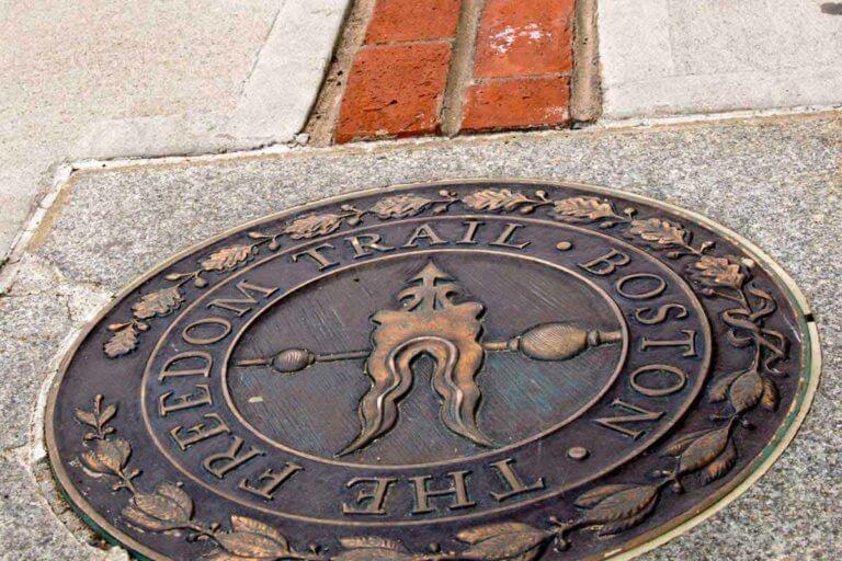 The commemorative seal that designates the Freedom Trail in Boston