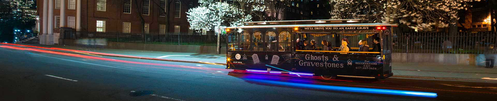 boston ghost tour trolley at night