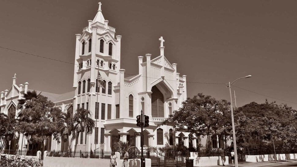 Exterior picture of St. Paul's Church in Key West