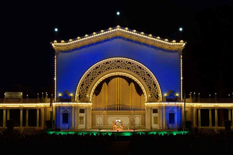 spreckles organ pavilion at night with lights on