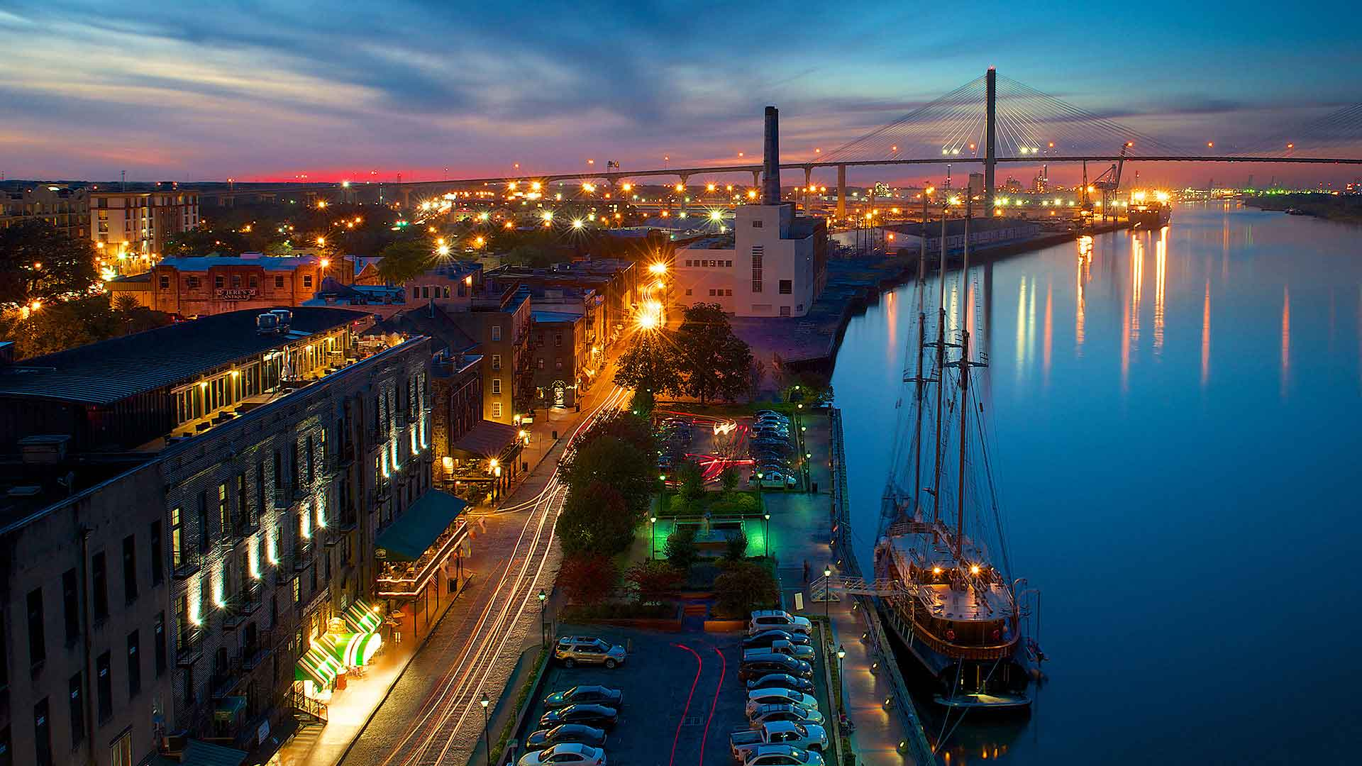 savannah river street at night