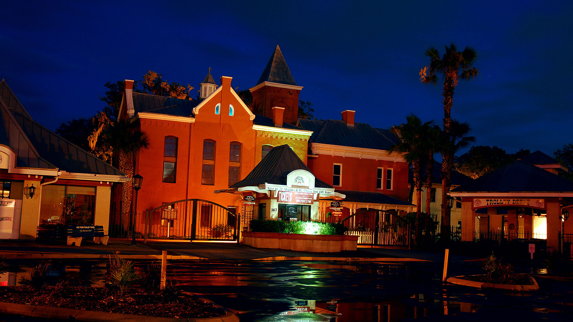 st augustine old jail at night